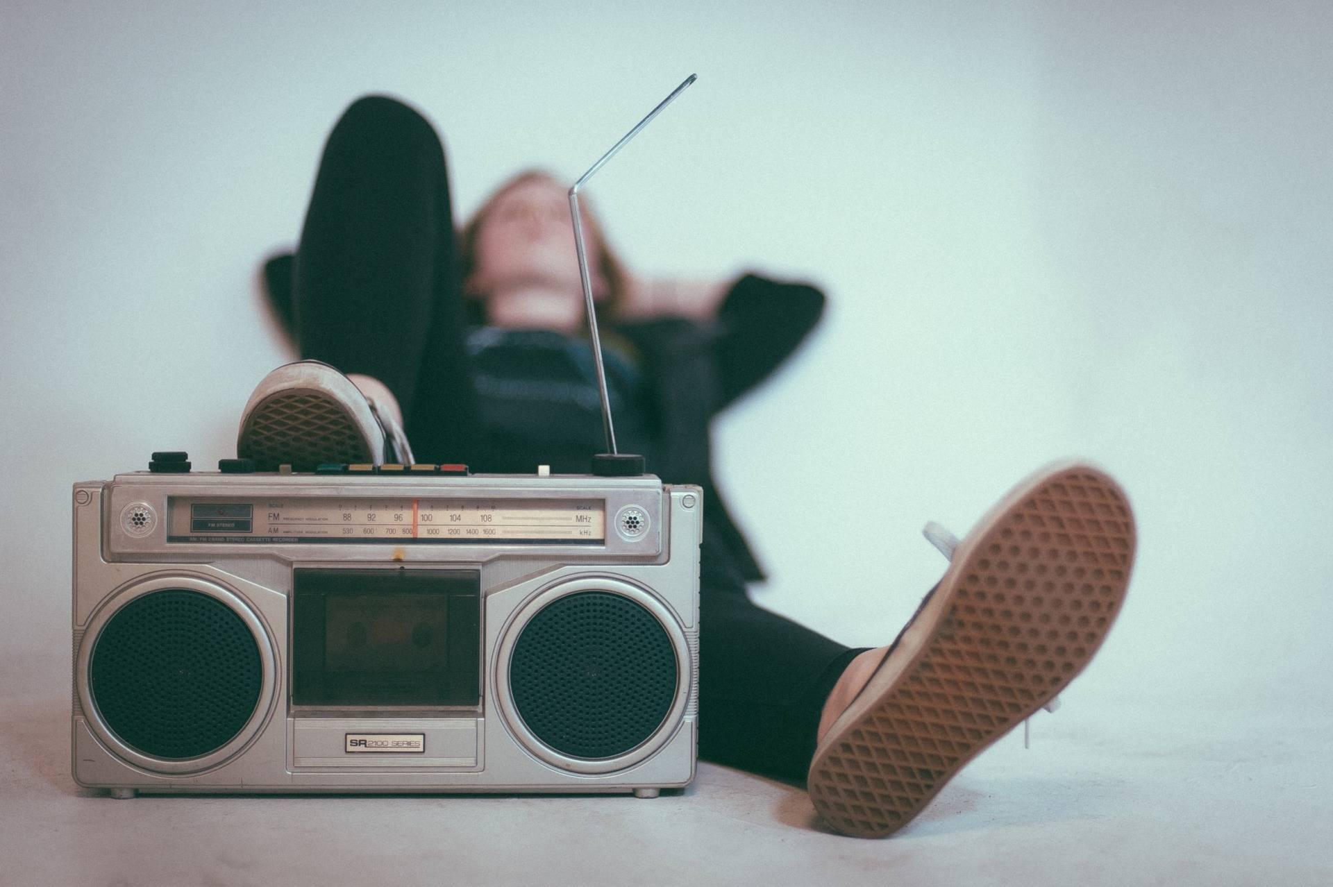 Comment planifier ses spots radio ?