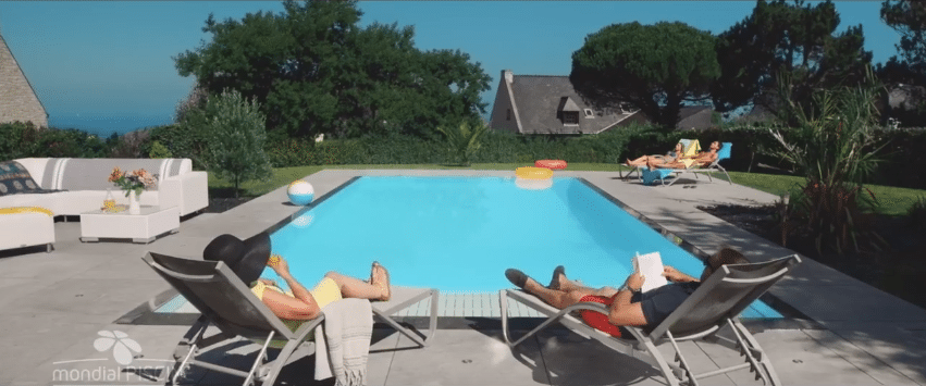 Campagne tv godd buy media accompagne mondial piscine for Mondial piscine